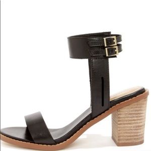 Chinese Laundry Cosmo Black Ankle Strap Sandals